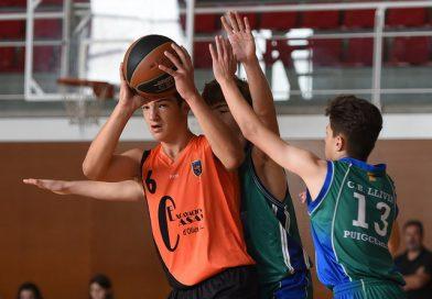Galeria d'imatges de la victòria del cadet masculí & CB Llívia – Puigcerdà